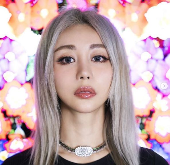 Wengie Contact Details, Whatsapp Number, Mobile Number, Office Address, Email Id