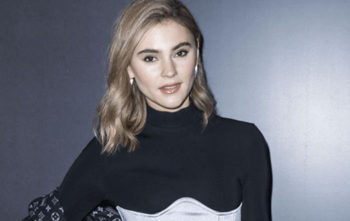 Stefanie Giesinger Wiki, Biography, Diet, Career, Net Worth, Relationship and More