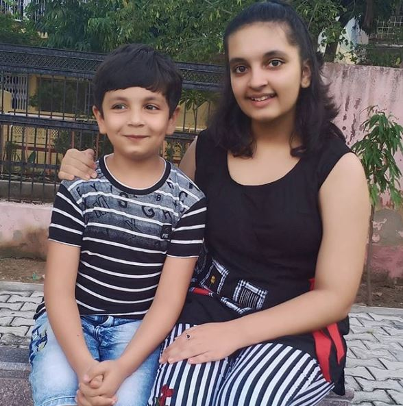 Aayu and Pihu Contact Details, Whatsapp Number, Mobile Number, Office Address, Email Id
