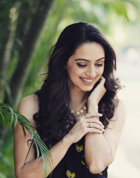 Shruti Marathe Contact Details, Whatsapp Number, Mobile Number, Office Address, Email Id