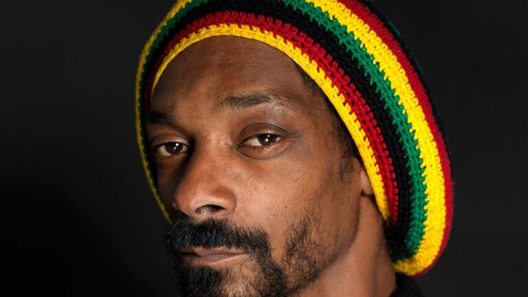 Snoop Dogg Contact Details, Whatsapp Number, Mobile Number, Office Address, Email Id